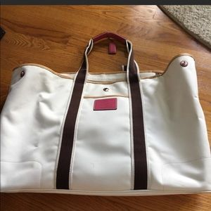 Beautiful Coach Hamptons C beach bag